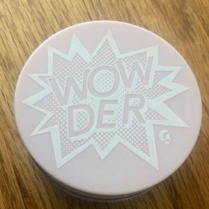 Glossier Wowder in Light/Medium